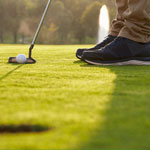 Should You Focus on Your Stroke When Putting?